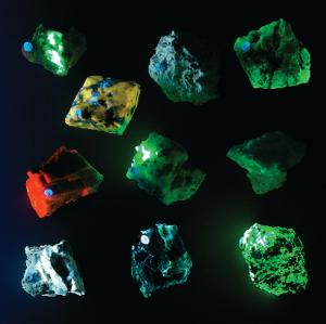 Shortwave Fluorescent Mineral Collection