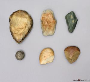 Model Hominid Tools E Africa, Set of 6