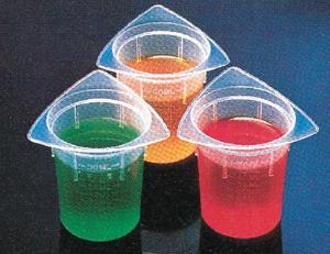 Medegen Tri-Pour Beakers