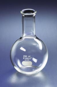 PYREX® Flat-Bottom Boiling Flasks, Long Neck, Corning®