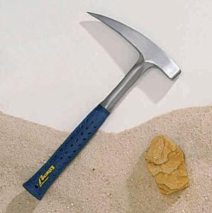 Estwing Polished Pick-Head Hammer, 22 oz.